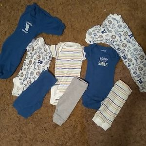 Mix & match onsies with pants & 2 sleepers